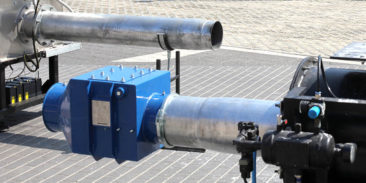 Odsprzęganie fali ciśnienia wybuchu – prosta i skuteczna forma ochrony, czyli kilka słów o klapie zwrotnej SNR