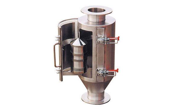 Separatory magnetyczne dla linii transportu pneumatycznego