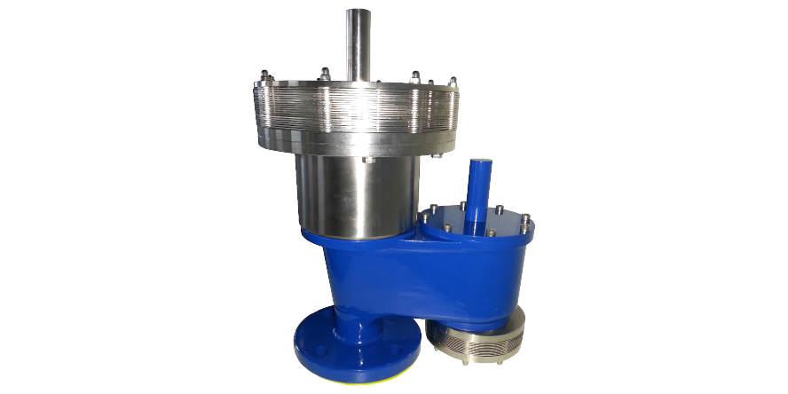 Fot. 6. Nadciśnieniowo-podciśnieniowy zawór oddechowy z jednostką filtra płomienia typ TORNADO zabezpieczający przed przedostaniem się płomienia