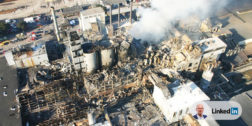 Film z kamer przemysłowych ukazujący wybuch w Imperial Sugar Refinery – 10 lat po piekle