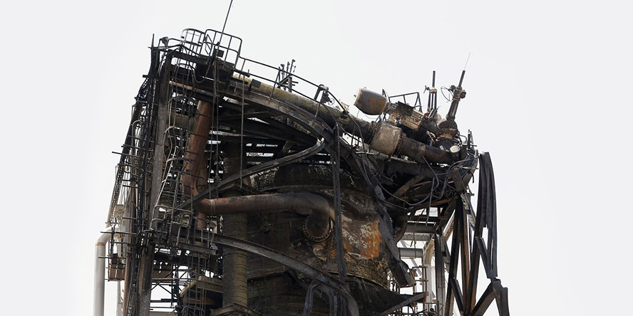 FILM – atak dronów na dwie rafinerie. Cyberatak na producenta aluminium oraz wirówki do wzbogacania uranu